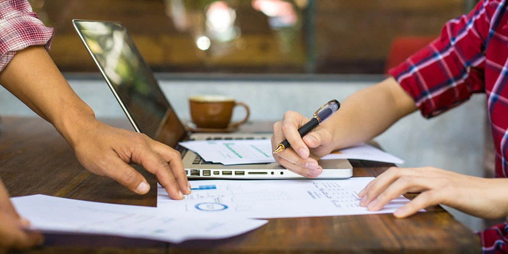 Definitiona and benefits of a contract management software