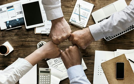 How Lawyers Can Build Critical Relationships