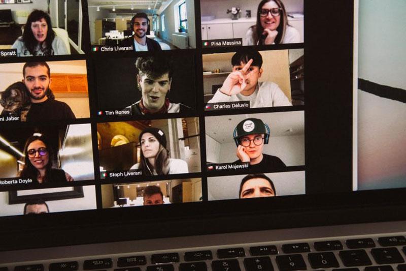 Simultaneous collaboration tears down information silos