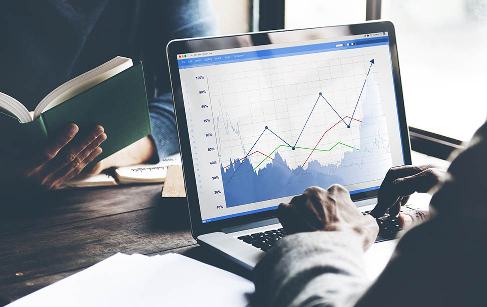 contract management data analysis