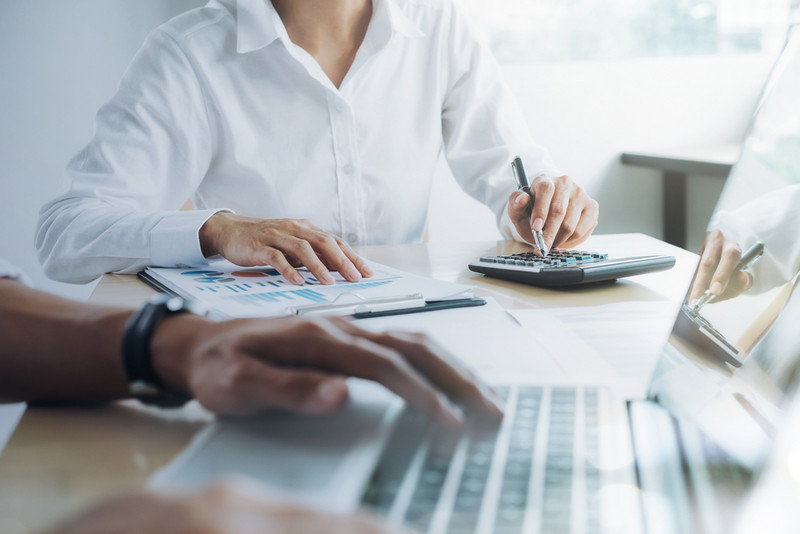 using clm tool to make contract budgeting simple