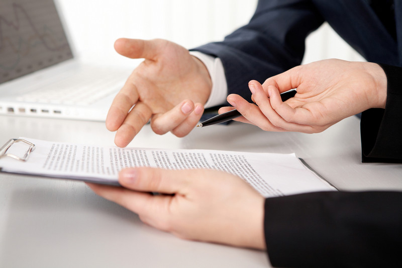 common mistakes in contract management