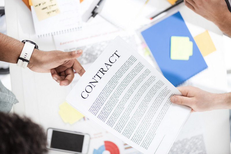 contract management process is composed of 3 phases