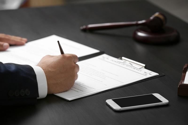 manual contract drafting